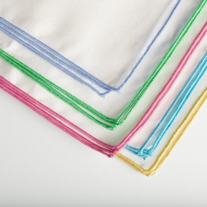 Coloured edge napkins (BT043N)