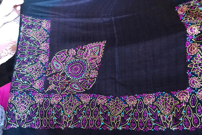Handmade pashmina from India